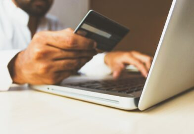 Technology Empowering the Online Shopping Experiences