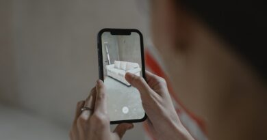 Augmented Reality SDKs for Mobile App Development